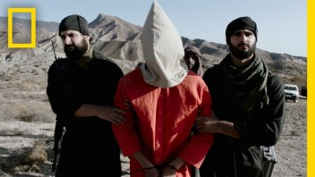 Video Showing beheading of ISIS prisoners