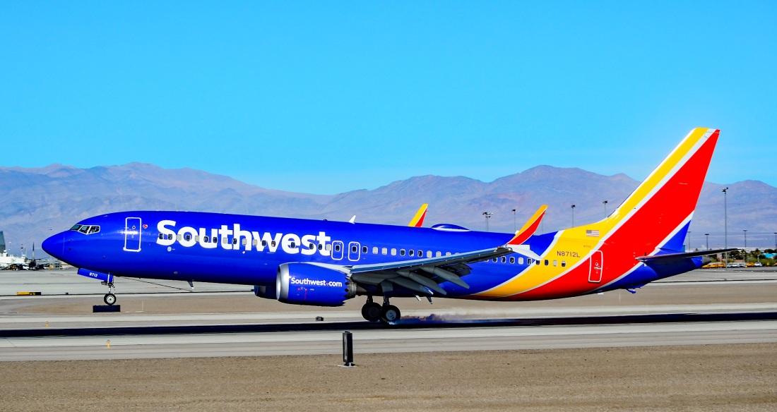 N8712L_Southwest_Airlines_Boeing_737-8_MAX_s-n_36930_(24896397167)